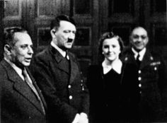 From l. to r.; Heinrich Hoffmann, Adolf Hitler, Eva Braun and Martin Bormann at the Berghof in Berchtesgaden, Germany