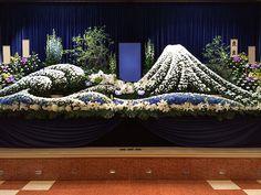 特殊祭壇 Backdrop Decorations, Backdrops, Buddha Flower, Lavender Decor, Wedding Stage, Altar, Funeral, Flower Arrangements, Tapestry