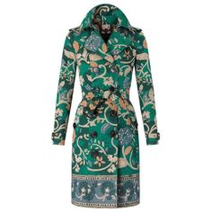 See this and similar Burberry coats - A water-repellent cotton gabardine trench coat in a wood-cut floral print. The artwork is hand-painted in the Burberry stu. Lightweight Trench Coat, Green Trench Coat, Cool Coats, Burberry Trench Coat, Velvet Fashion, Fashion Forecasting, Vintage Coat, Boho Fashion, Cotton