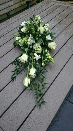 Funeral Bouquet, Funeral Flowers, Funeral Flower Arrangements, Floral Arrangements, Funeral Sprays, Casket Sprays, Funeral Tributes, Cedar Planters, Sympathy Flowers