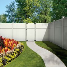 Shop Gatehouse Arborley 6-ft x 6-ft White Flat-Top Privacy Vinyl Fence Panel at Lowes.com