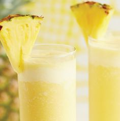 Dairy Free Tropical Pineapple Smoothie - 2 c. fresh pineapple chunks, c. light coconut milk, c. low-fat dairy free vanilla or coconut yogurt, 2 tsp. Pineapple Smoothie Recipes, Yummy Smoothies, Juice Smoothie, Smoothie Drinks, Juice 2, Pineapple Juice, Detox Drinks, Fruit Drinks, Healthy Drinks
