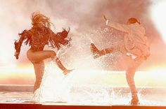 Welcome To NaijasilverEntertainment blog: Beyonce and Kendrick Lamar destroy 'Freedom' at th...