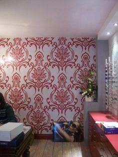 Ghirigori, Alessandra Borelli, finta tappezzeria painted wall