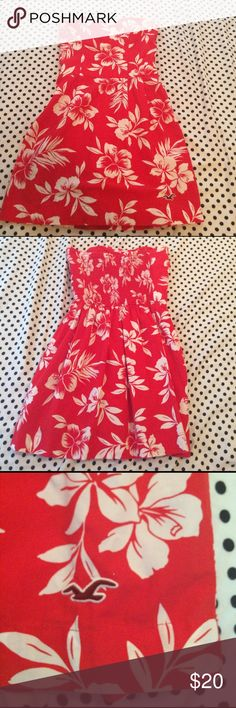 Hollister Red Floral Dress Gorgeous floral dress from Hollister that is in excellent condition! It's super flattering and perfect for the upcoming warm weather. No stains or weird odors, and the fabric looks new! Hollister Dresses Strapless