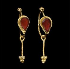 Roman Pair of Gold Cloison Earrings 4th century AD.