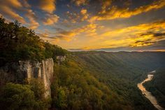 Endless Wall Trail at sunrise, New River Gorge, West Virginia Matt Shiffler Photography.