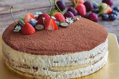 Bake and Decorate a Cake From Scratch Homemade Febreze, Hungarian Cake, Mini Cheesecake, Other Recipes, Recipies, Food And Drink, Cupcakes, Yummy Food, Sweets