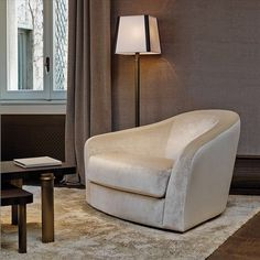 Made in Italy. Fiore di Loto armchair, covering in fabric or leather., project by Promemoria. #piso18casa-flexform #masaryk #promemoria #luxury #luxurylifestyle #qualitybrand #beautifullifestyle #madeinitaly #piso18casa_flexform #italiandesign #contemporarydesign #contemporaryinteriors #contemporary #modern #modernfurniture #moderndesign #moderninteriors #luxury #luxuryfurniture #interiordesign #luxeinteriors #interiorarchitecture  #polanco #furniture #armchair #flexformmexico…