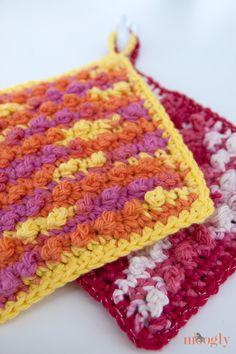 Free Crochet Pattern: Pampering Picots Bath Mitt - moogly