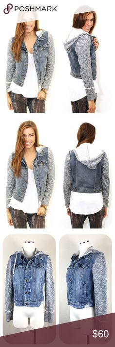 """Free People Knit Denim Jacket Indie Wash Size S Free People Knit Denim Jacket Indie Wash  Size S  - Indie Wash - 100% Cotton - Machine Wash and Tumble Dry - Size Small   Armpit to armpit 18""""   Armpit to end of sleeve 18""""   Shoulder to hem 19""""  Thanks for visiting! Free People Jackets & Coats Jean Jackets"""