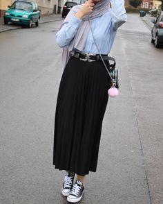 Street Hijab Fashion, Muslim Fashion, Modest Fashion, Skirt Fashion, Trendy Fashion, Fashion Outfits, Trendy Style, Hijab Style, Hijab Chic