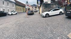 Banska Stiavnica mesto s najviac teslami na m2 :) #banskastiavnica #banskáštiavnica #slovensko #elektromobil #ev #electricvehicle #tesla #teslamotors by cyprocypro