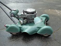 Mower built by Indian Motorcycle 1951 - lawn Triumph Motorcycles, Vintage Motorcycles, Motorcycle Companies, Mv Agusta, Motorcycle Style, Retro Motorcycle, Pedal Cars, Rat Rods, Bobber