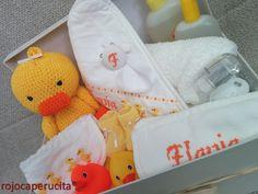 rojo caperucita: Una cesta para Flavia