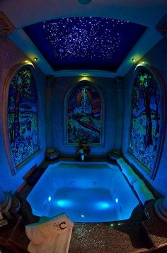 Cinderella Castle Suite tub. One day I'll see it in real life.