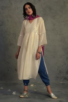 Dress Indian Style, Indian Dresses, Ethnic Outfits, Indian Outfits, Indian Attire, Indian Wear, Stylish Dresses, Fashion Dresses, Casual Indian Fashion