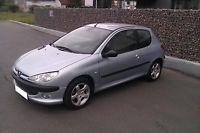 Gumtree: Peugeot 206 S16 Rok produkcji: 1999 Przebieg: 149000 Pojemność: 2000 cm3 Moc: 135 km Liczba drzwi: 2/3 Skrzynia biegów: manualna Typ: hatchback Rodzaj paliwa: benzyna Wyposażenie: - Klimatronic, - Tap
