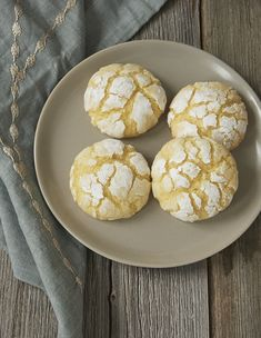Key limes add a sweet, tart flavor to these Key Lime Crinkle Cookies from Bake or Break.
