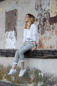 Looks Con Converse, Converse Style, Girl Photography Poses, Hippie Style, All Star, Casual, Gypsy, Normcore, Feminine