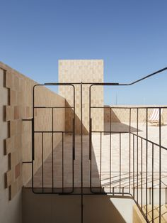 Retreat in Can Picafort, Mallorca, Spain/ TEd'A Arquitectes Staircase Handrail, Stairs, Staircases, Ted, Architecture Details, Interior Architecture, Mini Clubman, Can Picafort, Terracotta Floor