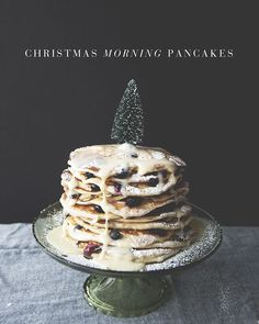 CHRISTMAS MORNING PANCAKES + CHRISTMAS IN CONNECTICUT // The Kitchy Kitchen