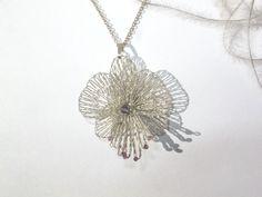 geklöppelter Silberanhänger Orchidee von GOSIKO auf DaWanda.com