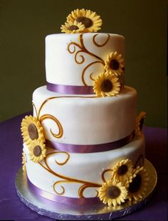 Sunflower Wedding Cake    Uploaded by Kristi on Monday Jan 21 05:02:32 2013  Submitted into the February, 2013 Inkedibles Contest