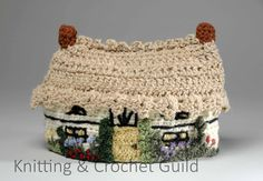 A splendid crocheted cottage tea cosy Crochet Crafts, Crochet Projects, Knit Crochet, Knifty Knitter, Tea Cosies, Tea Cozy, Nice Ideas, Design Competitions, Rug Hooking