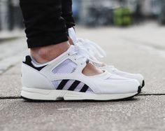 Rezet Store - Womens sneakers - Adidas - Adidas - EQT Racing OG. So cool