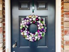 DIY Christmas Ornament Wreath Tutorial|Easy Wreath Tutorial - YouTube