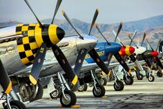 .Beautiful P51 Mustangs!
