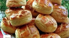 Túrós krumplis pogácsa   Receptkirály.hu Pretzel Bites, Quiche, Biscuits, Pizza, Potatoes, Bread, Vegetables, Food, Basket