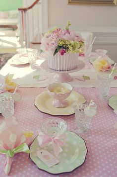 Tablescapes: Pastel pink polka dots. Such a pretty table setting for girls of all ages. Great for Spring!