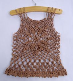 Stitch of Love: Crochet Summer Top. This would look great over a tank top or swim suit! ☀CQ #crochet