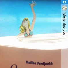 #Repost le #DessinDuJour d'@oeilbleu #Team #CitronBien Tu viens? Elle est bonne! come on! #paper #papercut #illustration #book #read #art #instaart #draw #drawing #365sketches #novel #french #malikaferdjoukh #ecoledesloisirs #sea #bikini #bath