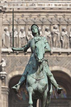 Paris, où Jeanne dArc tenta une offensive le 8 septembre 1429 pour reprendre la…