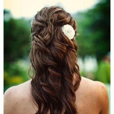 Summertime wedding hair!