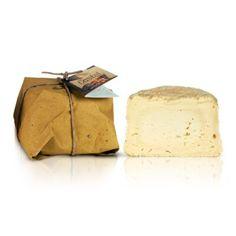 Castellino  - libera interpretazione di come poteva essere un formaggio del medioevo. Delizioso in purezza, eventualmente accompagnato a miele e salse dolci...