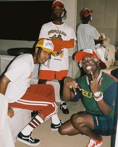 New fashion mens urban hip hop asap rocky ideas Mode Old School, Men Looks, Looks Hip Hop, Lord Pretty Flacko, Estilo Hip Hop, Mode Hip Hop, Rap Wallpaper, Rapper Wallpaper Iphone, Modelos Fashion