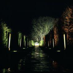 John-Cullen-garden-exterior-outdoor-lighting-42