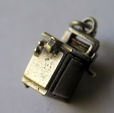 Fun Vintage English Silver Washing Machine Charm Opens to Bra