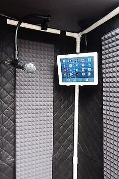 The Portable Travel Vocal Booth. Vocal Booth w/ Sound Blanket, and Polyurthane Acoustic Foam. Gator Travel Case with Wheels. These are very effective in stripping out the room echo and reverb. It will allow you to dry out your vocals or speech recording. Home Recording Studio Setup, Recording Booth, Home Studio Setup, Music Studio Room, Audio Studio, Studio Desk, Garage Studio, Sound Studio, Vocal Recording Studio