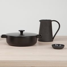 Inspired by the Series One furniture collection, this set of handmade tabletop pottery employs different clay bodies with different properties.