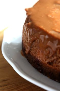A Mexican flan recipe with layers of chocolate cake & dulce de leche (cajeta) from My Sweet Mexico by pastry chef Fany Gerson. Mexican Flan, Mexican Dishes, Mexican Food Recipes, Dessert Recipes, Mexican Desserts, Cake Flan, Impossible Cake, Just Desserts, Delicious Desserts