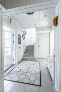 Over 200 square meters filled with romantic country style interiors. This beautiful home gets its look and atmosphere from the light white and grey tones Painted Wood Floors, Wooden Flooring, Estilo Interior, Halls, Small Space Interior Design, Country Style Homes, Scandinavian Home, White Houses, My Dream Home