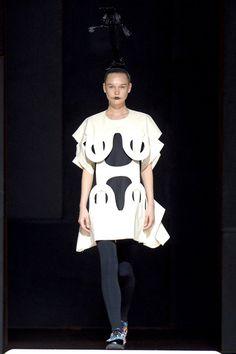 Comme des Garçons Spring 2014 RTW - Runway Photos - Fashion Week - Runway, Fashion Shows and Collections - Vogue Couture Fashion, Runway Fashion, Paris Fashion, Fashion News, Latest Fashion, Backstage, Laser Cut Fabric, Conceptual Fashion, Scandinavian Fashion