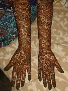 H Arabic Bridal Mehndi Designs, Indian Henna Designs, Full Hand Mehndi Designs, Stylish Mehndi Designs, Mehndi Design Pictures, Best Mehndi Designs, Beautiful Mehndi Design, Mehendhi Designs, Mehndi Desighn