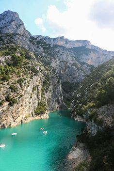 Lake of Sainte Croix, France, Verdon. Moustiers Sainte Marie, Provence France, Haute Provence, Voyage Europe, French Countryside, Beaches In The World, South Of France, France Travel, Places To See