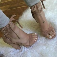 Chunky high heel sandals (Pretty N Camel)